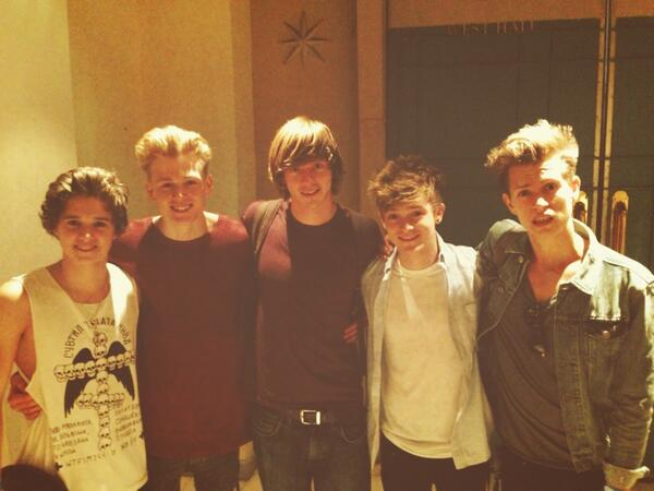 Guess who promised to do a cover with us? @TomLawMusic that's who http://t.co/t9Ns4wNbVM