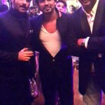 Super Fun &turnout at SRK's Eid Party yesterday! And yes.. my own moment with Ram & Lakhan. Rare! :) http://t.co/mAuH8FvSVI