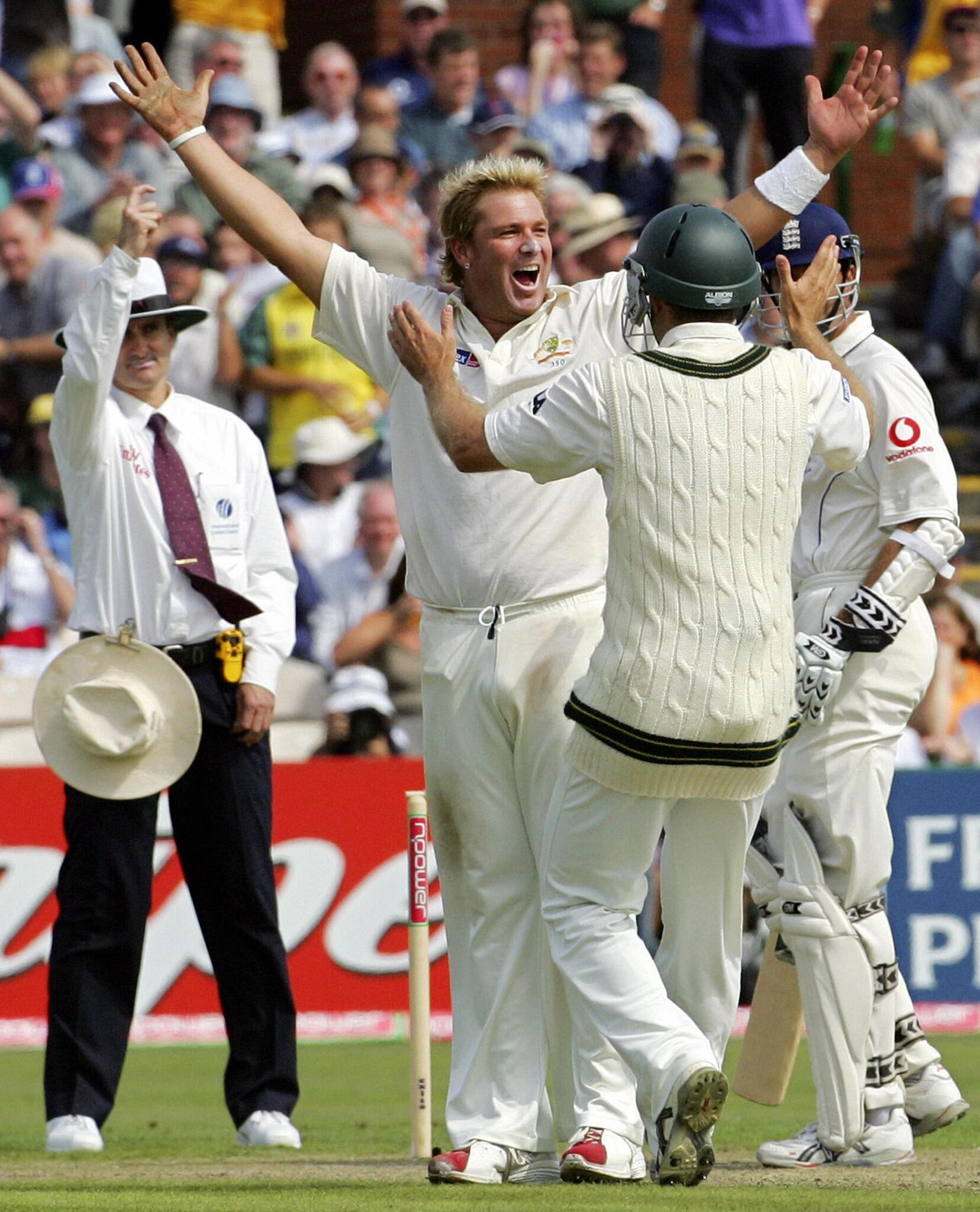 On this day in 2005, @warne888 took his 600th Test Wicket, that of Marcus Trescothick #Ashes #cricket #didyouknow http://t.co/tCao5MNjws