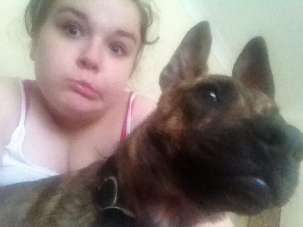 andi is an amazing dog sitter http://t.co/dFke28h4eT