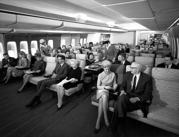 RT @History_Pics Economy class seating on a 747 in the 1960's http://t.co/wv60Y6AgKh cc @aquelapassagem