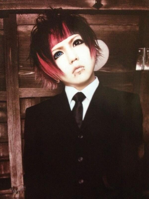 yuri☆yuriが選ぶZのアー写1102