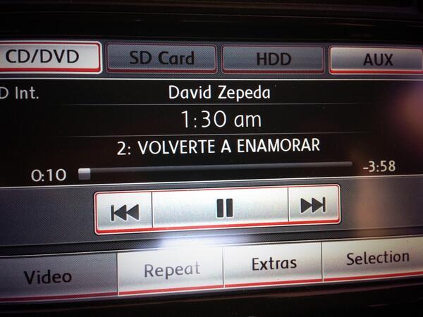 :) RT @nohemivilla Ir el en carro escuchando #volverteaenamorar @davidzepeda1 http://t.co/0XFtM4PSHb
