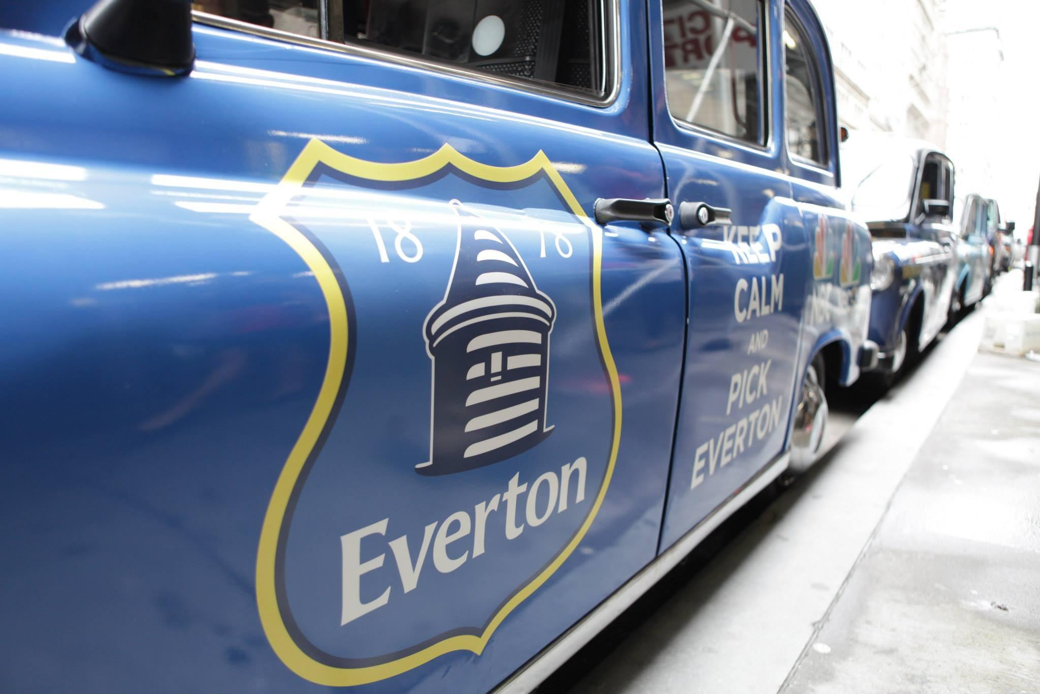 NBC unveil Tottenham, Arsenal, Everton & Liverpool London cabs in New York [Pictures]