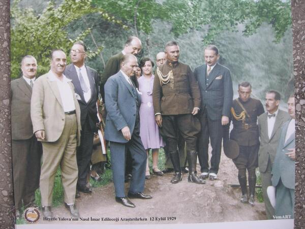 Ben hayatımın hiçbir anında karamsarlık nedir tanımadım!  Mustafa Kemal Atatürk http://t.co/jDOkmS13SW