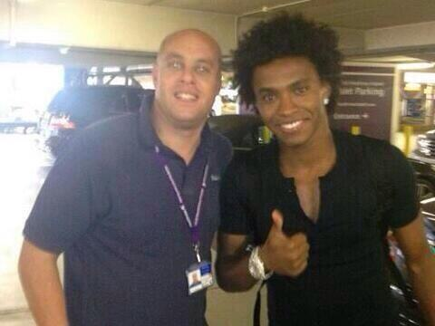 Heading for Spurs or Liverpool? Picture emerges of Willian at Heathrow Terminal 1