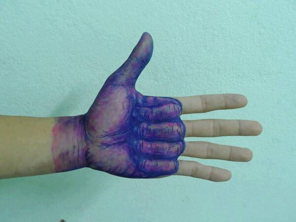 Thumbs Up for this Pen Drawing http://t.co/6A5lfdf3LD