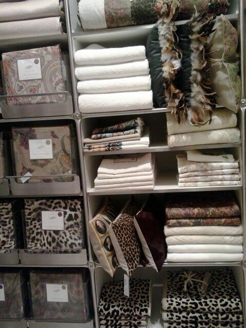Fall trends: animail prints & feathers @zara_home launch @YorkdaleStyle in #toronto. 1st in North America! http://t.co/kQ7SBGimHy