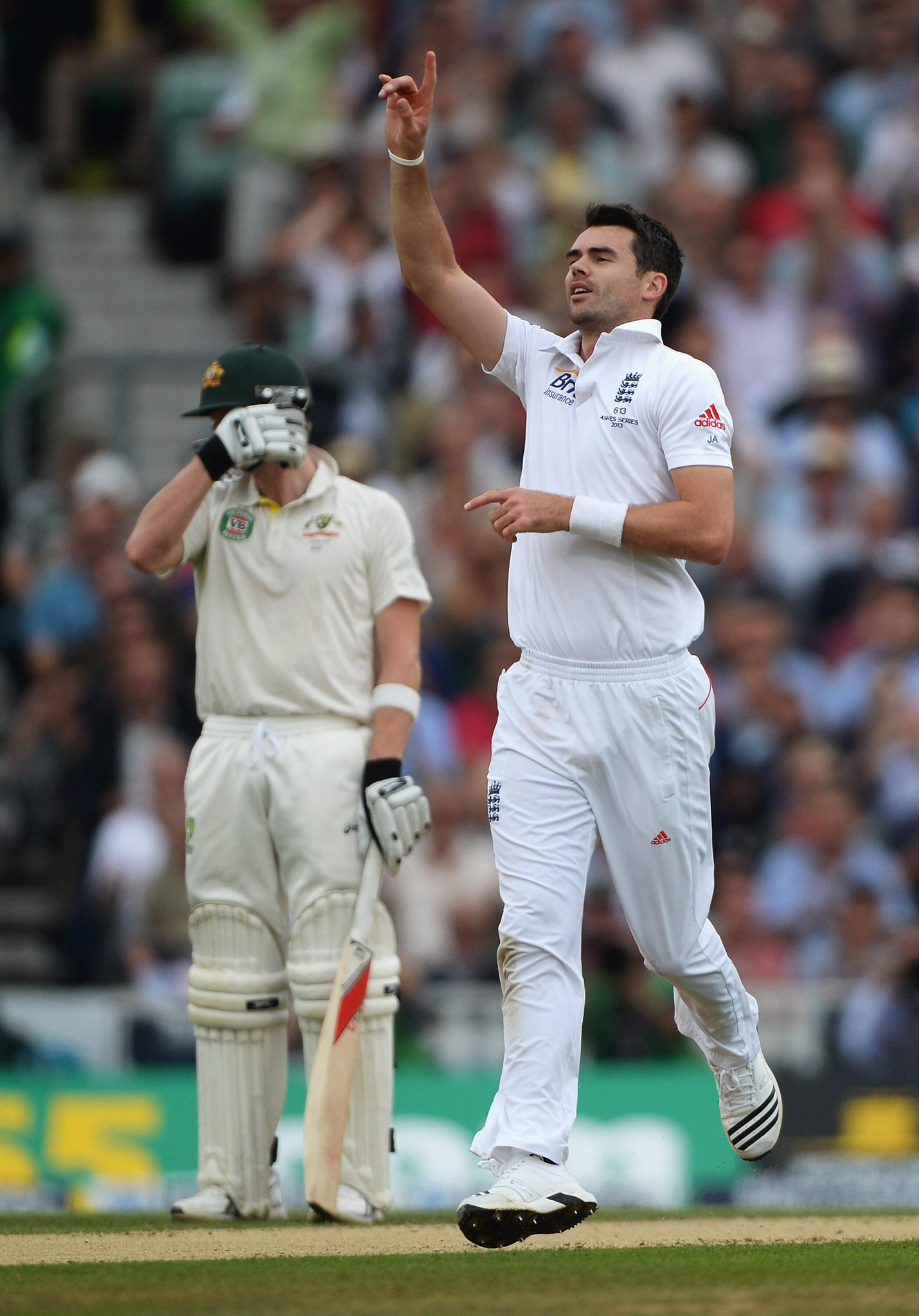 Jimmy Anderson dismisses Peter Siddle for the tenth time, making him his most frequent victim #Ashes http://t.co/npwLb1rBYS