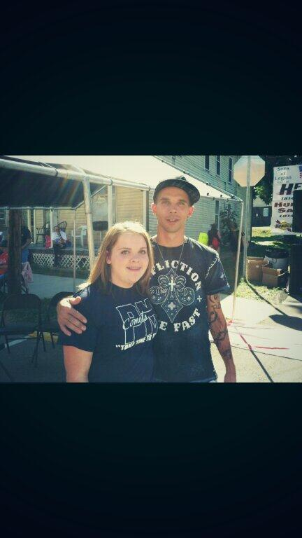 I met Jeramiah from Breaking Amish yesterday! He was so sweet!!!:) http://t.co/lFyTYkcIuk