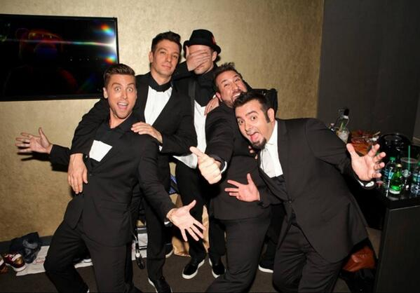 Matt Stopera (@mattstopera): These pictures of NSYNC back stage will basically kill you. http://t.co/uOWisUPkDS http://t.co/hAdxRsImdo
