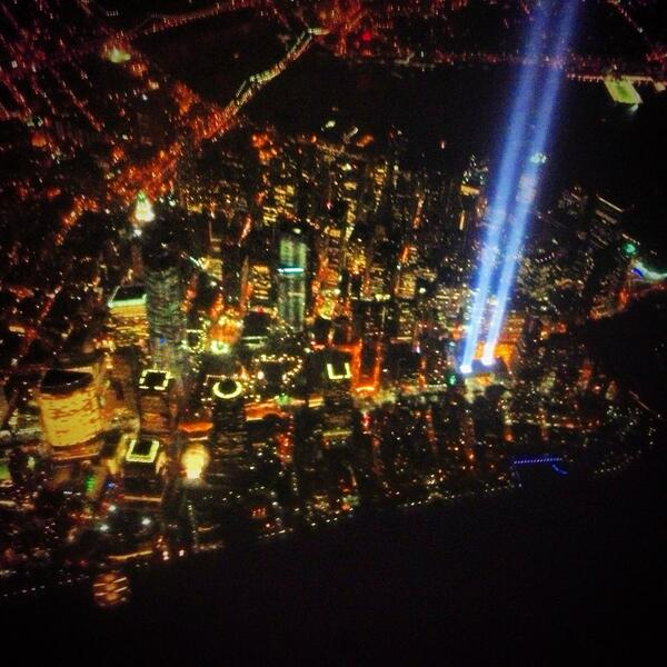 Amazing photo! #Honor911  @Golfweek_Dusek Unbelievable view flying over lower Manhattan #NeverForget http://t.co/cdUpeoKEQ6