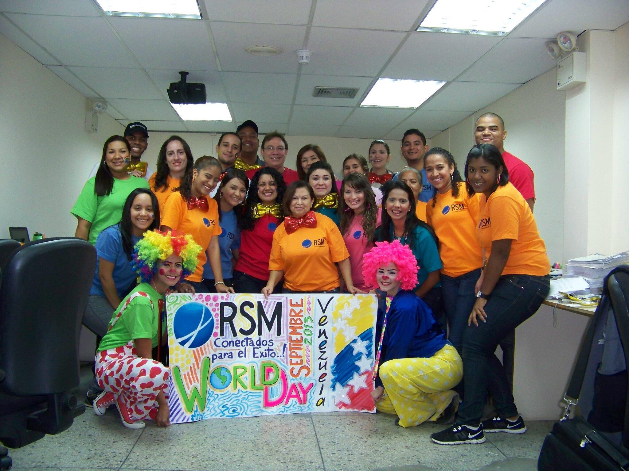 RT @cduler: #RSMWORLDDAY 2013 VENEZUELA..!! http://t.co/sFZLLssy9U