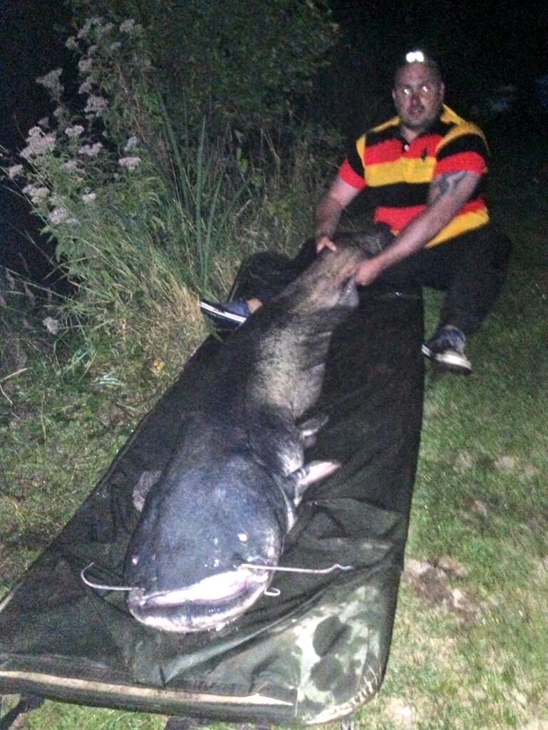 Weekend at Oakwood park predator lakes for hubby's b'day treat! Landed 1st ever Catfish, 109lb! @SkyTightLines http://t.co/0ei2ZhrApY