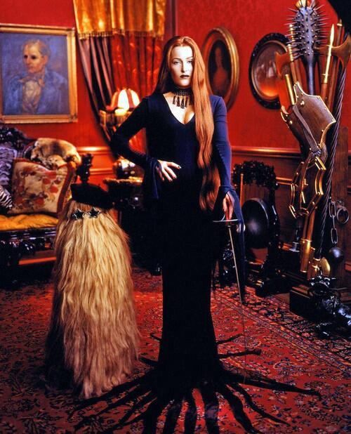 Gillian Anderson as Morticia Addams. http://t.co/6GFKdzgB2Y