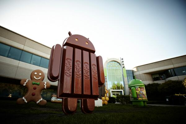 We now have over 1 Billion Android activations and hope this guy in front of the building  keeps that momentum going http://t.co/V0VovgmObl