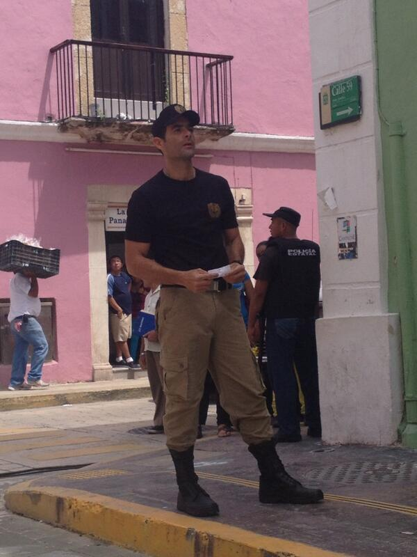 Луис Роберто Гусман/Luis Roberto Guzman  - Страница 2 BTQwyRHIMAANxHK