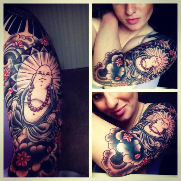 Getting #inkedup #ink #tats #tattedup #halfsleeve already #tattoos #womenwithink #tatted http://t.co/oSB4mp8x37