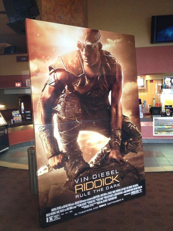 You're not afraid of the dark, are you? Let's do this! #RIDDICK http://t.co/G0opczZQMZ