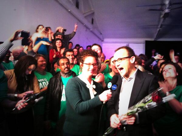 Hermione Kitson (@HermioneKitson): @AdamBandt announces exclusively on @theprojecttv that he won the seat of Melbourne #ElectionProject @MelindaButtle http://t.co/gNiBRiziRQ