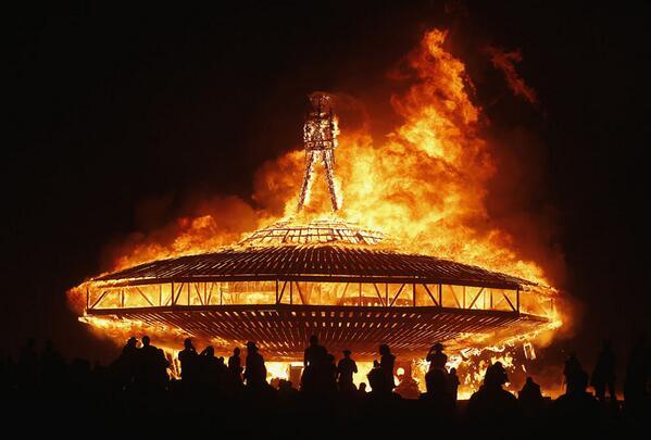 'The Man' Burns at Burning Man 2013 http://t.co/f7wRn7ImV8