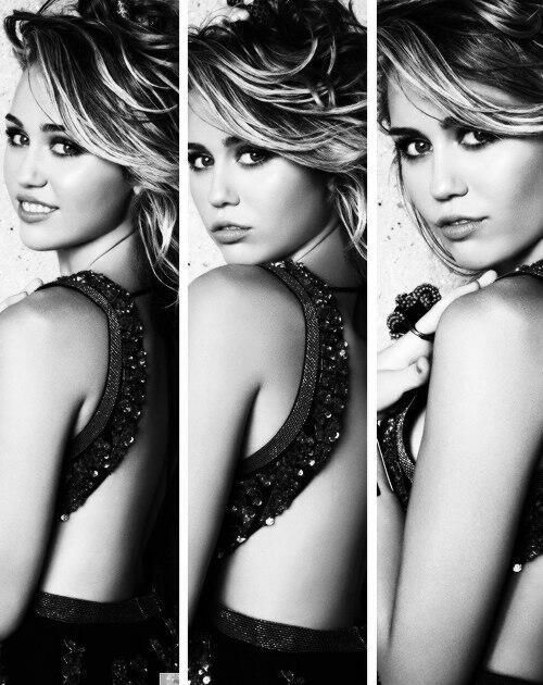 RT @tanya_believe: #20самыхкрасивыхдевушекмира 3. Майли Сайрус http://t.co/pGUVP5adBu