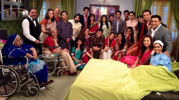 The old faces...and some new faces also.... The Balh family http://t.co/nrIWFboZbW