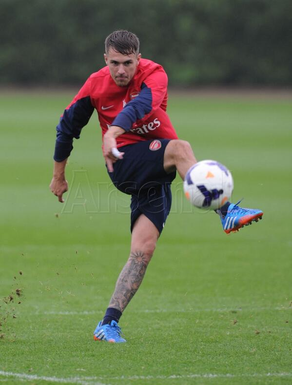 We saw the in-form @AaronRamsey take aim during training... #SAFCvAFC http://t.co/9L395RmqoH