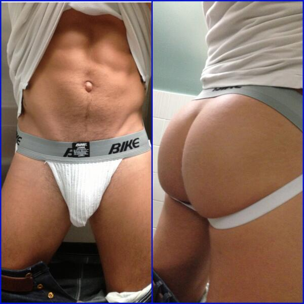 Bryan Cole (@BryanColeXXX): Front and back.... http://t.co/7jnUMsAKFx