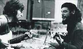 John Lennon y el Ché Guevara. http://t.co/sLSUyvrYmI