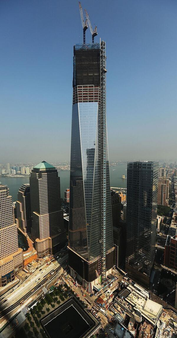 El nuevo World Trade Center será el edificio más alto de Estados Unidos en 1776 pies sobre la terminación. http://t.co/sz43YxTgfl