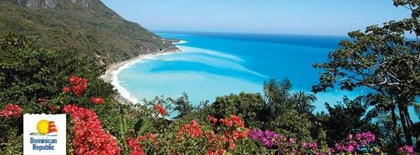 La impresionante vista de la playa San Rafael en Barahona en Republica Dominicana @GoDomRep http://t.co/PeIdk7XCWi