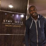 Well rested & recharged thanks to @StayWellRooms @ the @MGMGrand in Vegas. http://t.co/GhXjMQUwG3 http://t.co/dRljTHtsOl