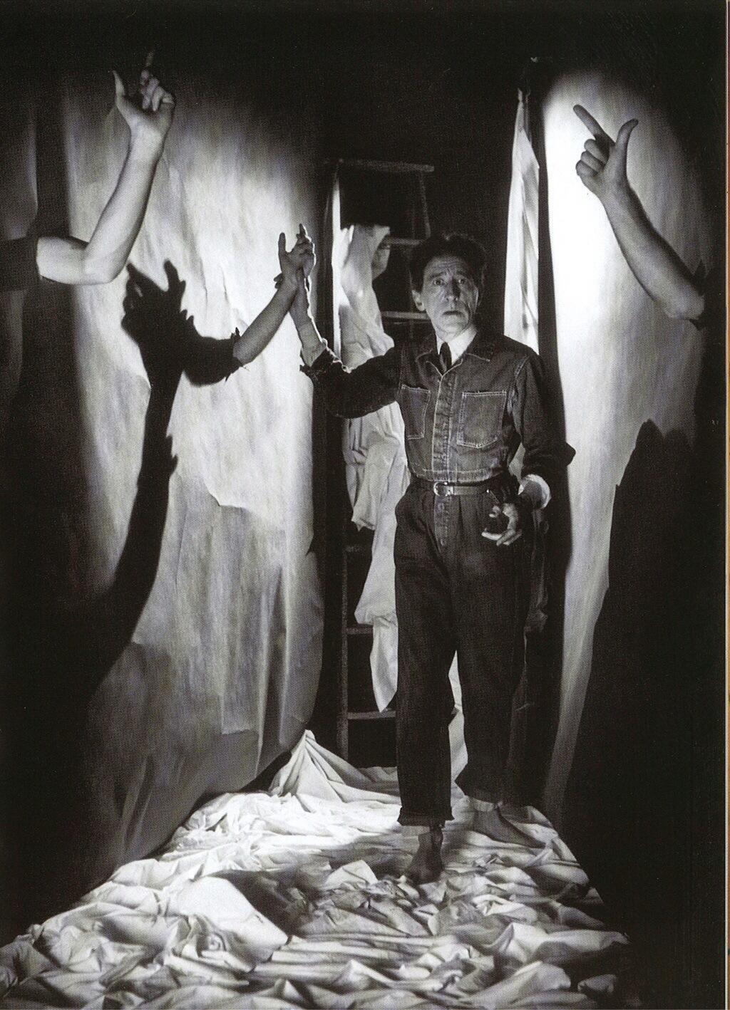 Soirée spéciale Cocteau avec conf' + lecture + projo de La belle et la bête : c'est demain à partir de 19h ! http://t.co/DvsO8p9dth