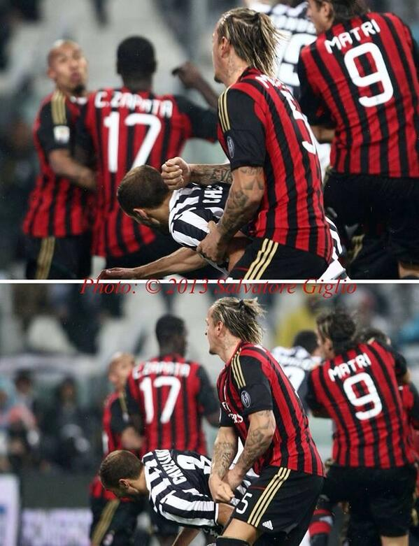 BV9TZwEIYAA0TEF Milans Philippe Mexes punches Juves Giorgio Chiellini in the head; Restrospective 4 game ban follows