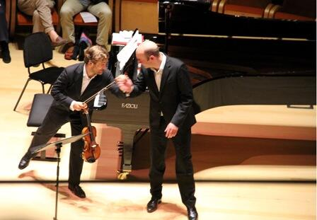 Renaud Capuçon couldn't praise the acoustics of the @museodelviolino  auditorium highly enough when we spoke to him. http://t.co/fzzYwdSuL2