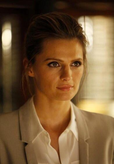 "RT @clau_beckett: ""@Sandraxf: #Castle - Time Will Tell Promotional Photo. Kate Beckett http://t.co/03Hh5al7V5"" my beckett *_*"
