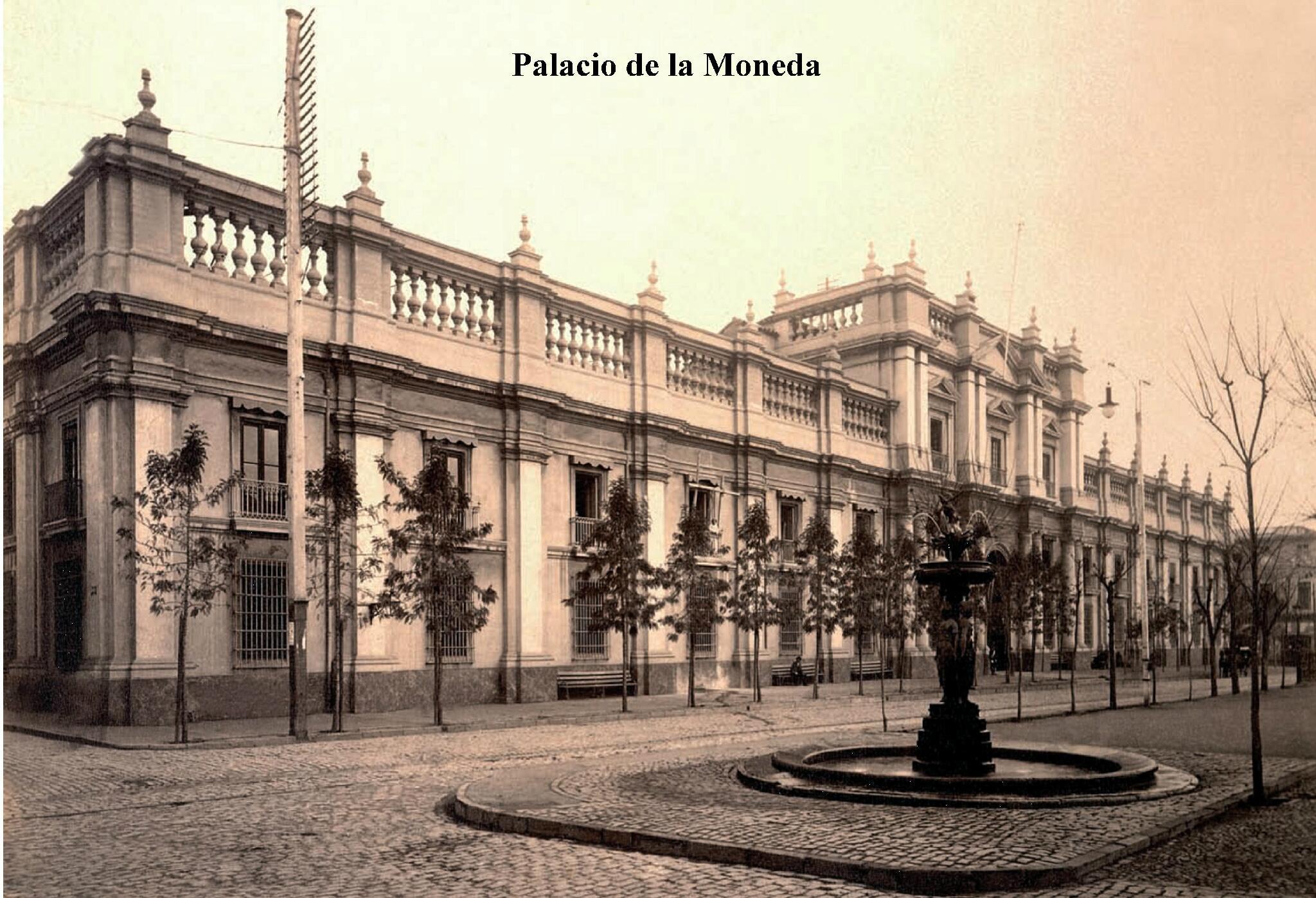 #Santiago Palacio de La Moneda en década de 1920 http://t.co/IVRhGC4tPu