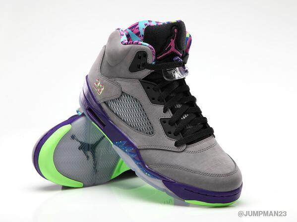 Doesn't get much fresher than this. Bring on the nostalgia with this weekend's AJ 5 Retro release: http://t.co/V44AB2CBZ2