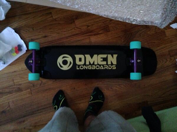 My new board came today! Thanks @muirskate! http://t.co/huvqcIllW0