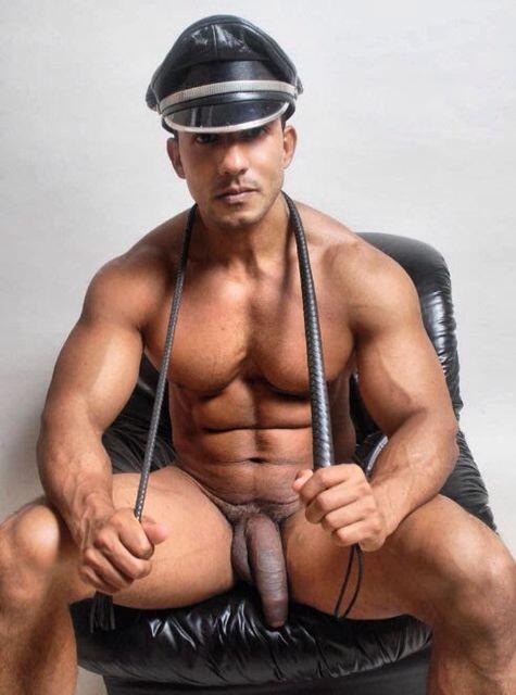 Arrest me #uncut, #leather, #cop, #fetich, #verga, #Teambigdick, #extrainches, #hunk, #horny, #cock, #dick, #fuckme http://t.co/jsfKKWJfLR