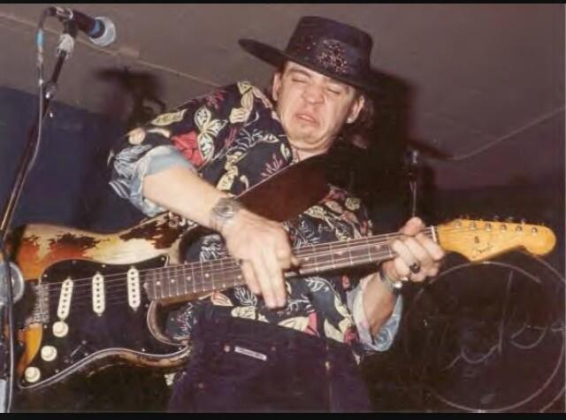 RT @FrankiePhantom: The great #SRV would have been 59 today. #Stevie playing one of the best @Fender guitars ever. #TheSkyIsCrying http://t.co/zqUD0vehY3