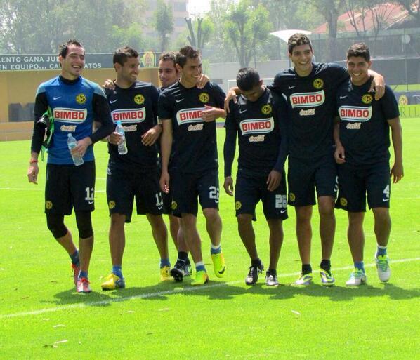 Adolfo Díaz Rufo (@rinconderufo): Aseguran Chivas q daran la sorpresa y ganaran el sabado...... Aqui la reaccion en Coapa http://t.co/zOgYLLOcrr