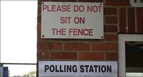 Polls open until 10pm Regardless of whether you're YES or NO Please use your vote! #seanref #appealref Pic @kencurtin http://t.co/RhRZYl77BD