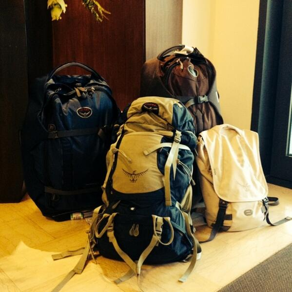 RT @adventurouskate: It's the @ospreypacks fan club here at #tbdi2013 in Italy! We all love our Osprey backpacks. http://t.co/1WEAUQXFRB
