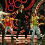 RT @PDdancing: watch @shahidkapoor @sonakshisinha n me dance on #gandibaat on #DIDfinale tonight