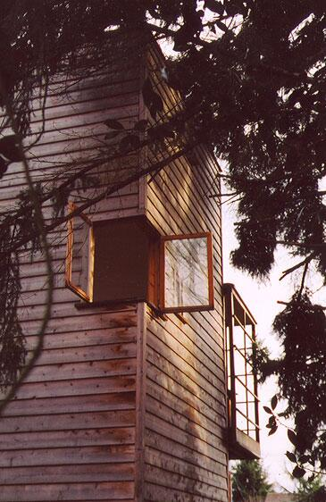 Check Out this Corner Window http://t.co/7w2lFWeGFX