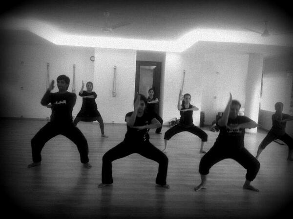 For #contemporary #dance #class in #India #Bangalore call 7676266246 #Nritarutya http://t.co/SlPGHwHAQc
