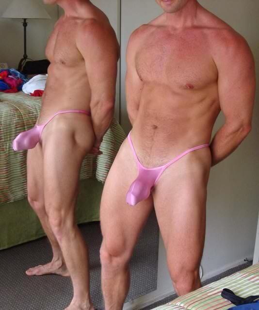 Bisexual female swinger