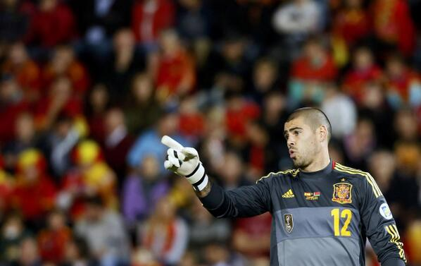 BWWEyIoIMAAOIJn Victor Valdes holds transfer discussions with Arsenal but looks set to choose Monaco [Sunday Times]